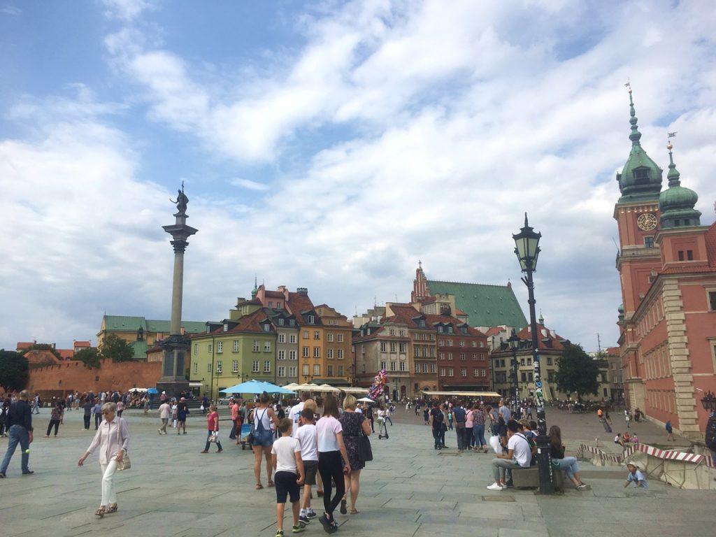 Der Warschauer Schlossplatz mit Sigismundsäule